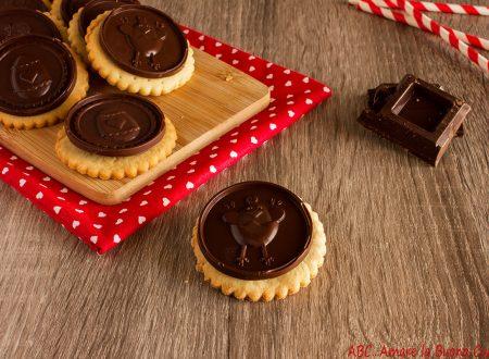 Biscotti senza uova con dischi di cioccolato fondente