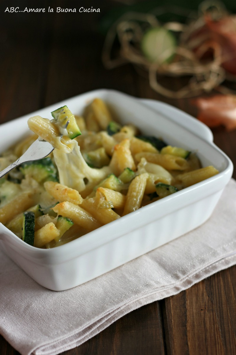 pasta al forno con zucchine e mozzarella 2
