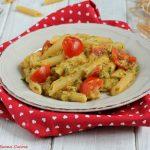 Pasta con crema di zucchine, tonno e pomodorini