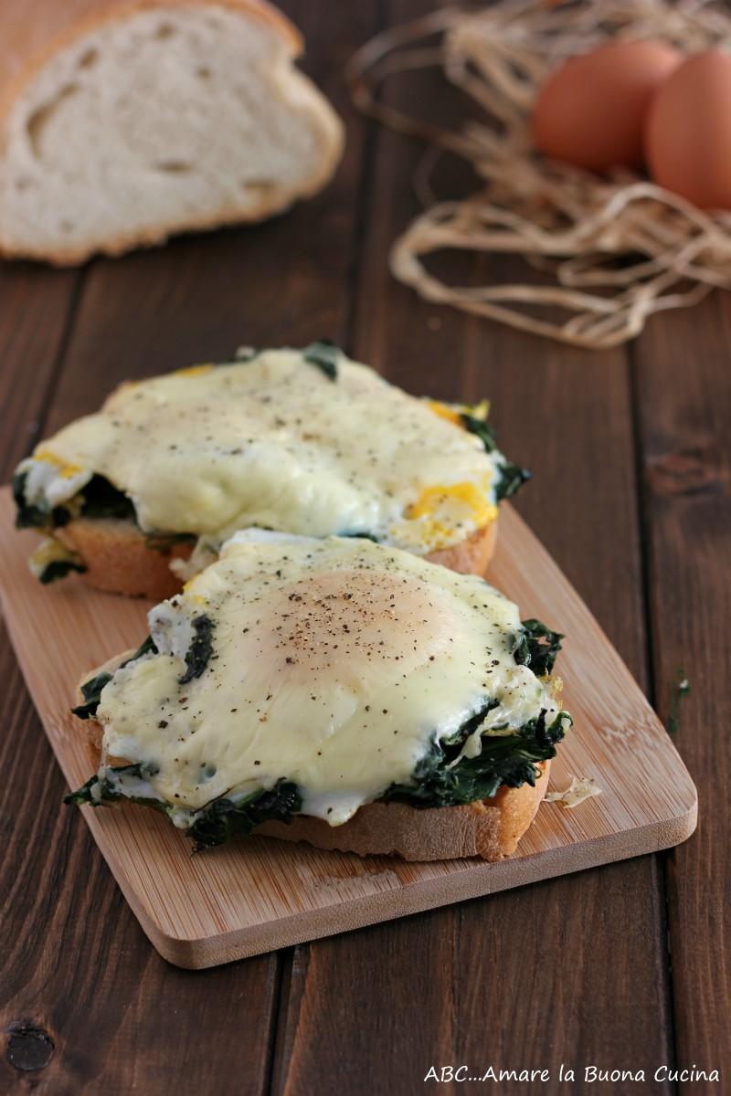 crostone con spinaci, uova e formaggio 2