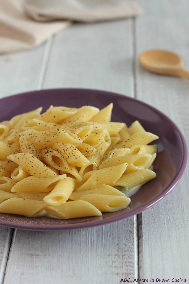 pasta con crema di gorgonzola 2