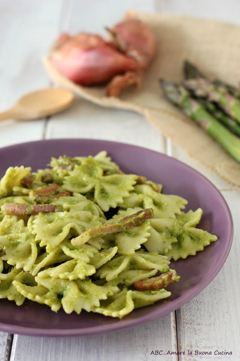 pasta con crema di asparagi e speck 2