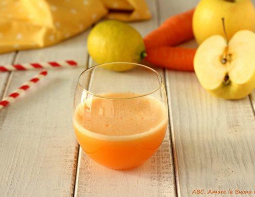 Estratto mela carota e limone