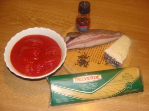 ingredienti bucatini all'amatriciana