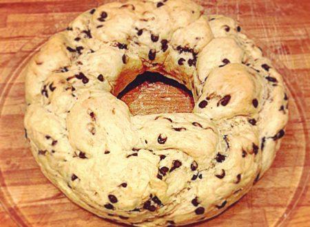 Ciambella pan brioche bimby con gocce di cioccolato