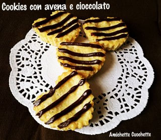 Cookies con avena e cioccolato