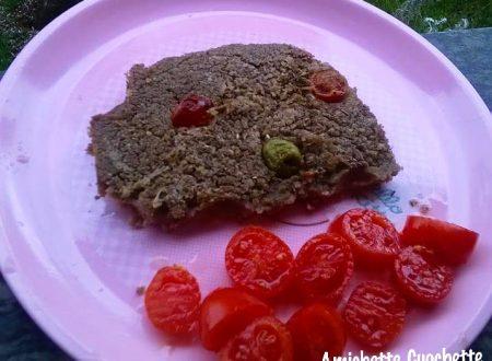 Farin focaccia di lenticchie con pomodori e olive