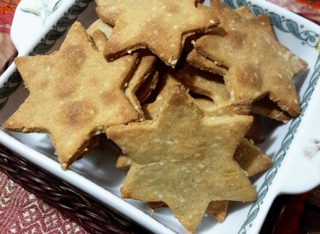 Crackers di quinoa e semi di sesamo