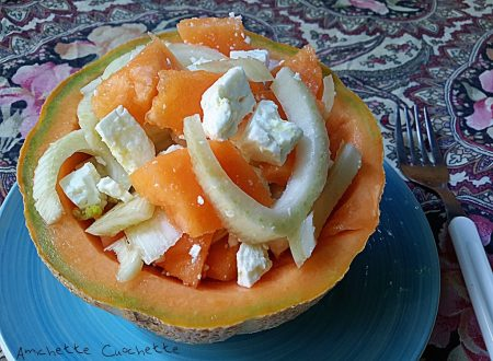 Insalata esotica con melone e formaggio