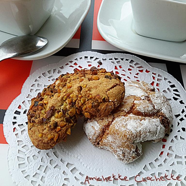 Biscottini siciliani ai due gusti