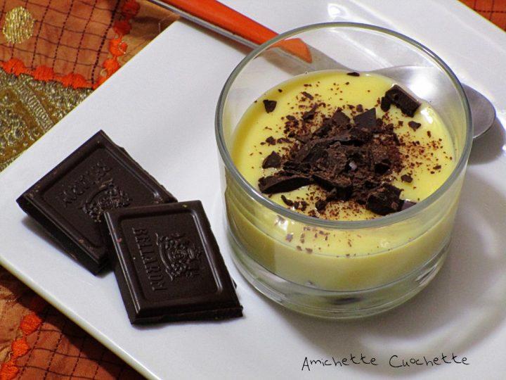 Bicchierini golosi con crema pasticcera e cioccolato fondente
