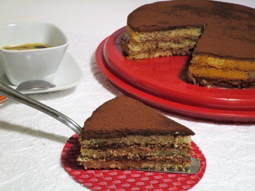Torta tiramisù con crema al cioccolato
