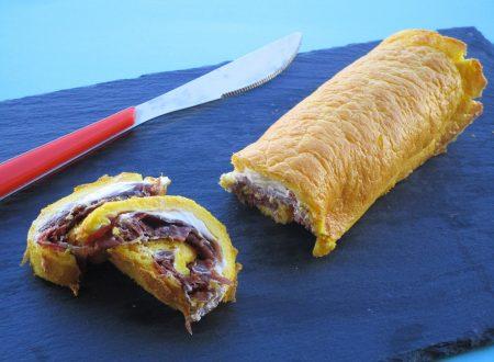 Rotolo Dukan con bresaola e formaggio spalmabile