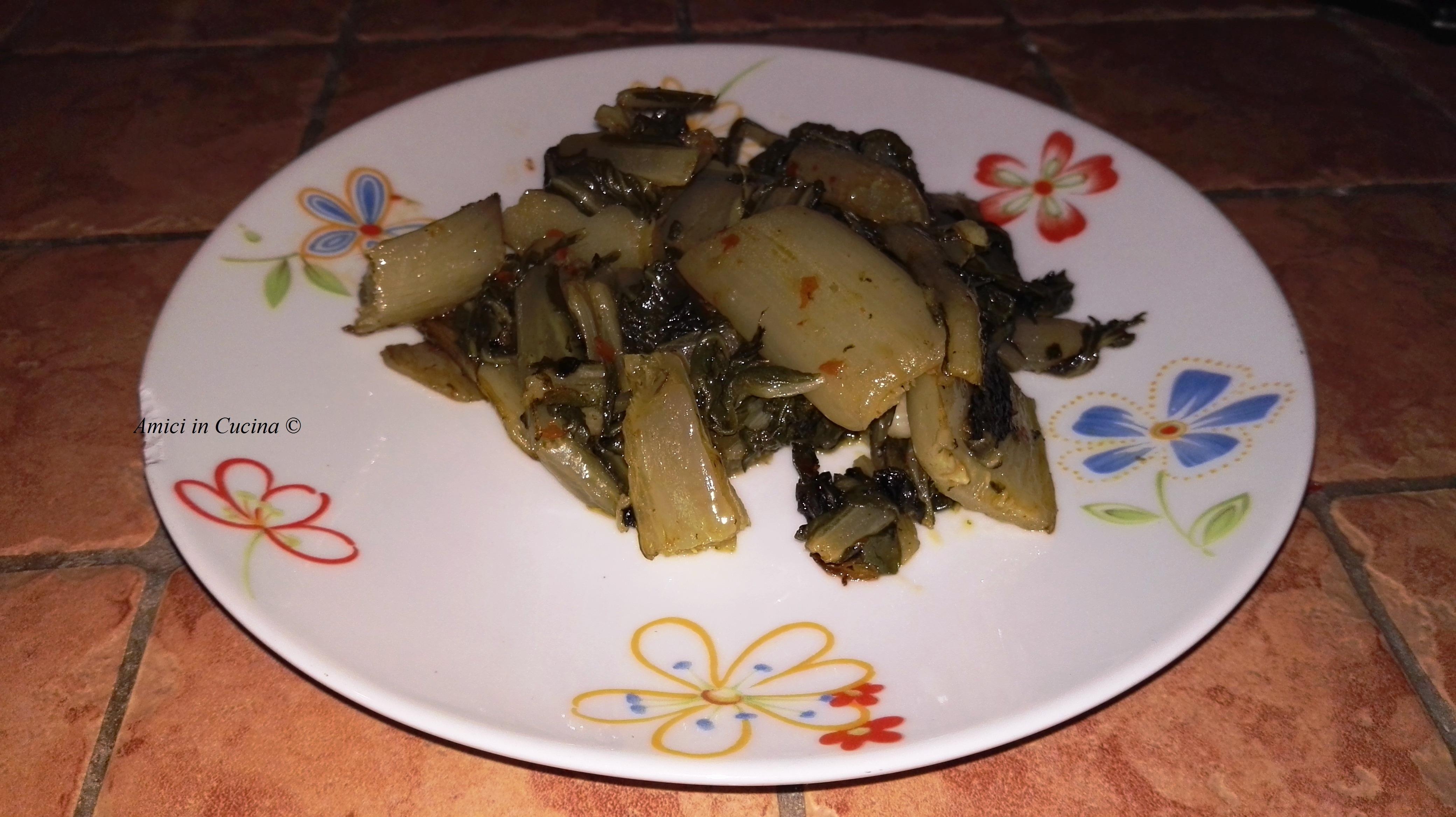 Biete saltate in padella con olio aglio e crema di peperoncino