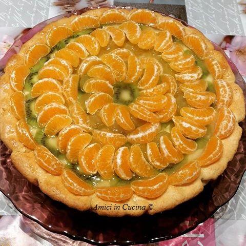 Crostata alla farina di mandorle con crema chantilly e frutta invernale - Natascia