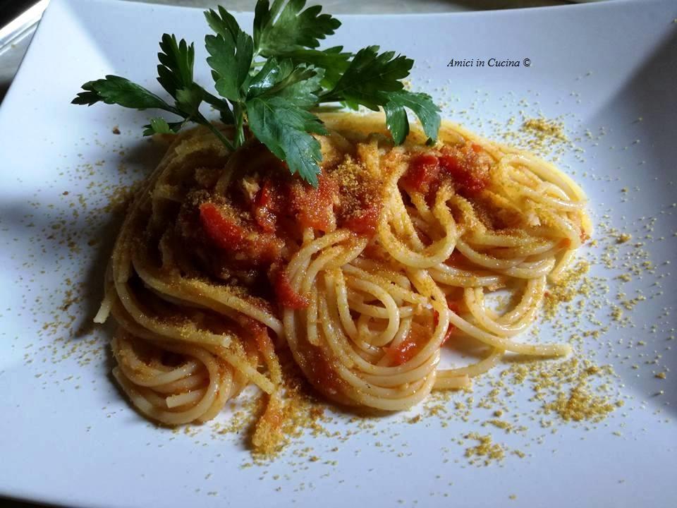 Spaghetti aglio, olio, peperoncino, pomodorini e bottarga - Ivana