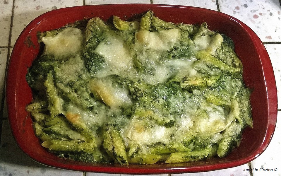 Penne verdi gratinate in forno con provola e spinaci – Salvatore Gianni B.