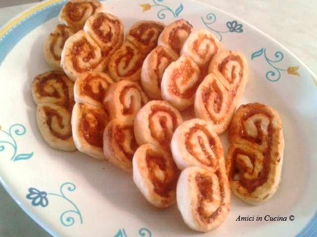 Ventagli di pasta sfoglia, antipasto semplice e veloce – Angela V.
