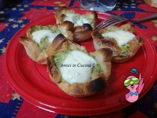 Cestini di pan bauletto con zucchine, stracchino e prosciutto – Rita Z.