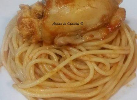 Spaghetti con sugo di seppioline ripiene – Marina C.