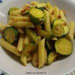 Penne zucchine, zafferano e speck – Marina C.