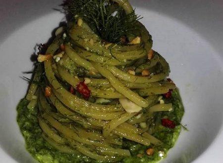 Spaghetti quadrati con pesto di finocchietto selvatico, alici fresche e peperoncino