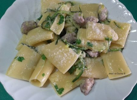 Paccheri con salsiccia e zucchine – Teresa A.