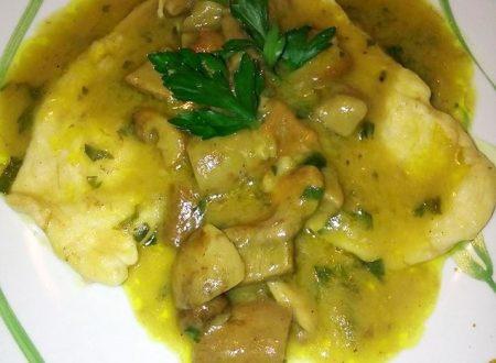 Scaloppine di petto di pollo ai funghi porcini profumate al curry – Erika F.
