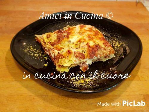 Lasagna con mortadella, pistacchio e scamorza