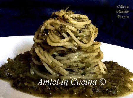 Spaghetti con crema di broccoli ed acciughe –  Patrizio Lombardi