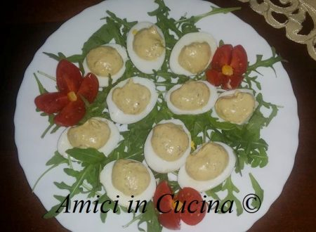 Uova sode ripiene di tonno, olive nere e maionese – Simona L.