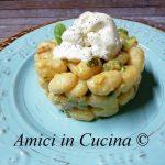 Gnocchi di patate, prosciutto crudo e zucchine con burrata di bufala