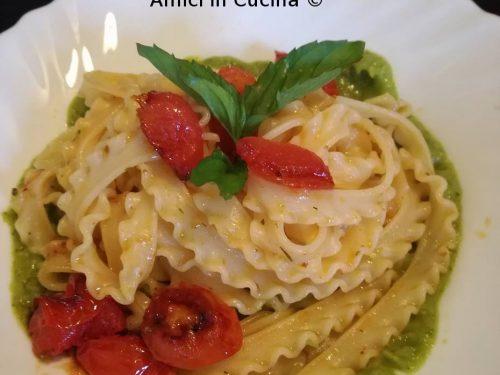 Tripoline con crema di zucchine e pomodorini caramellati