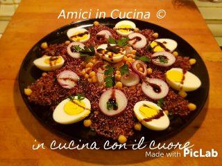 Insalata di riso rosso con ceci, cipolla di Tropea ed uova 1