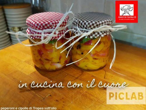 Peperoni gialli e cipolle di Tropea sott'olio