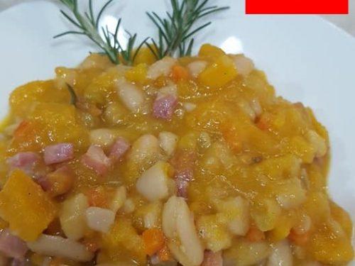 Zuppa di zucca fagioli e pancetta