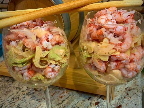 Coppa di gamberi rossi di Mazara del Vallo in salsa cocktail