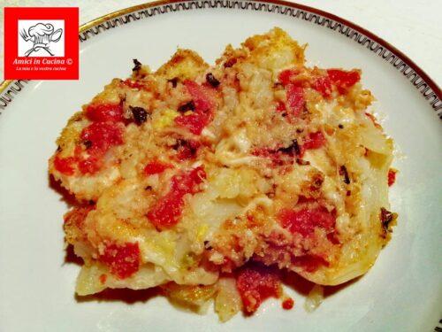 Finocchi gratinati in forno con mozzarella e pomodorini
