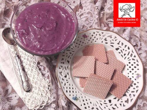 Crema pasticcera di mirtilli freschi