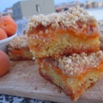 Crumb cake all'albicocca