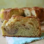 Torta nua di mele e crema alla cannella