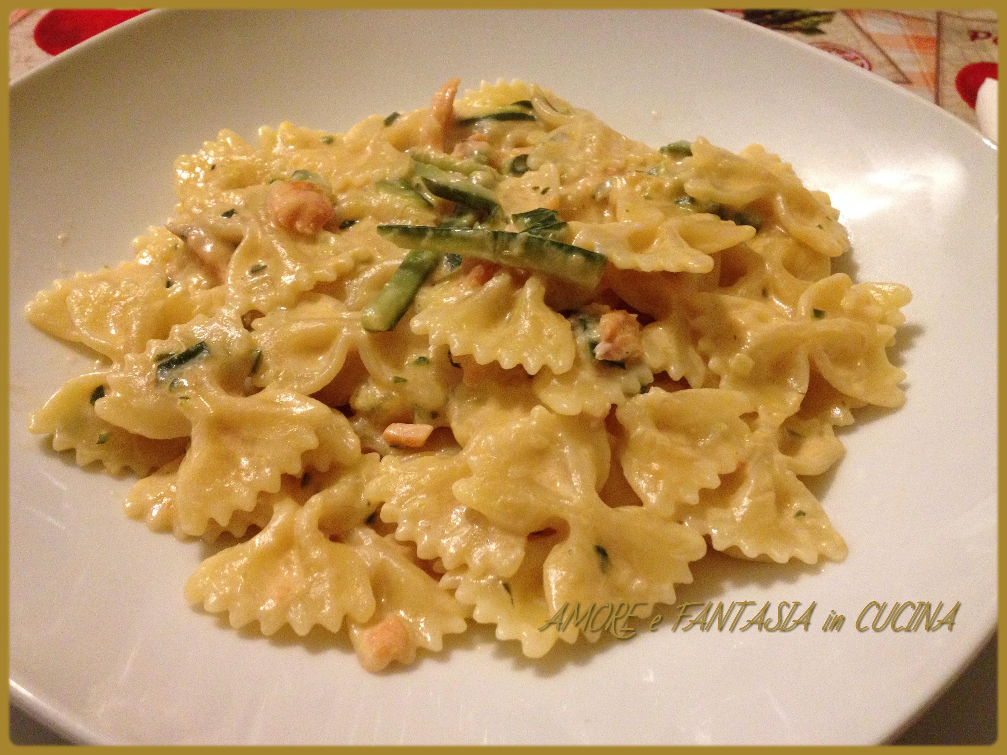 Ricette pasta salmone fresco e zucchine
