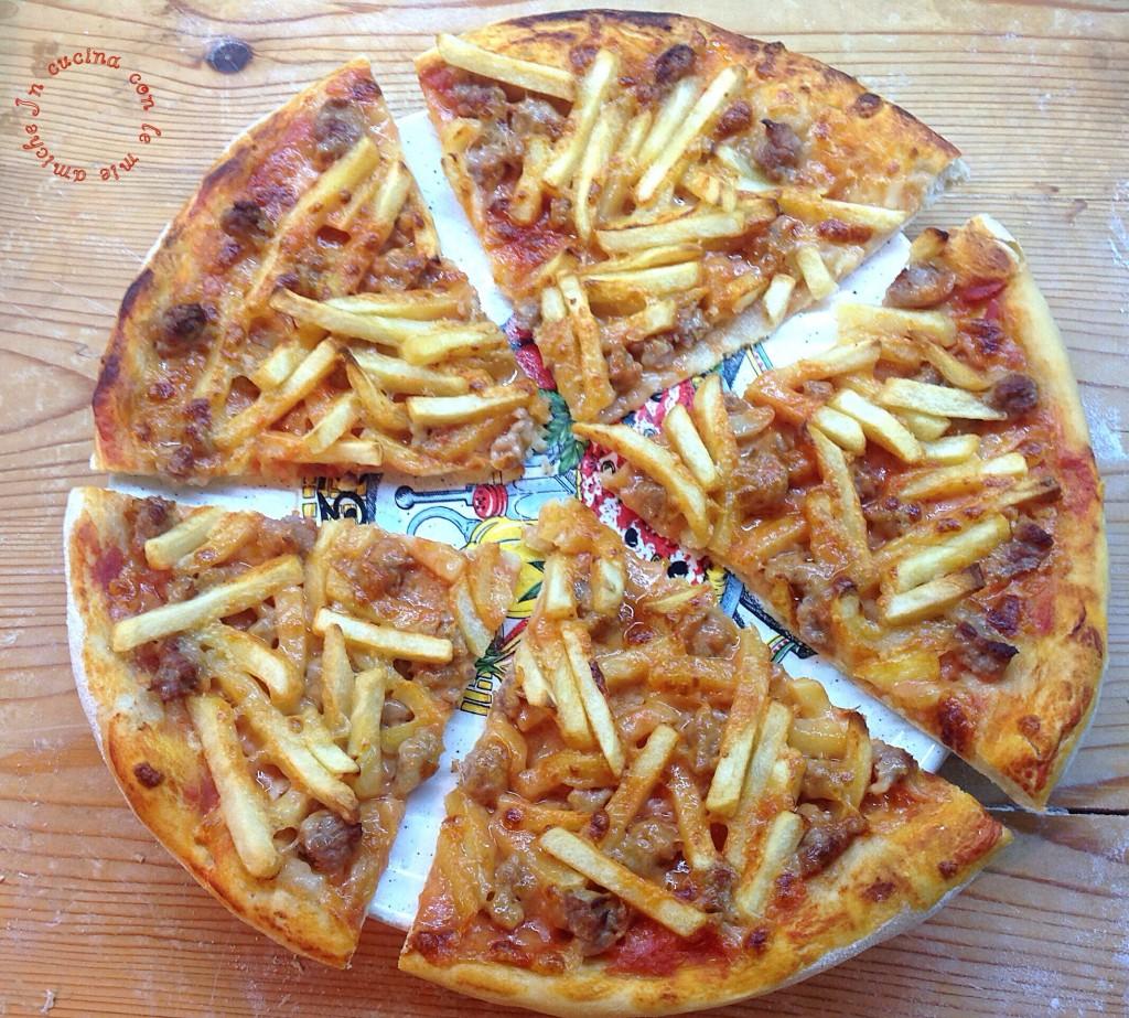Pizza Con Salsiccia Fresca E Patatine