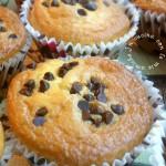 Muffin con farina di riso e gocce di cioccolato