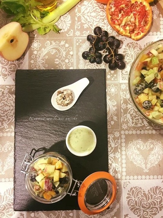 IMG 4451 Insalata invernale di frutta con salsa al basilico