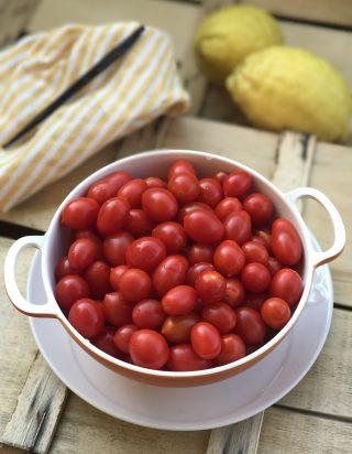 IMG 6521 320x412 Confettura di pomodorini alla vaniglia