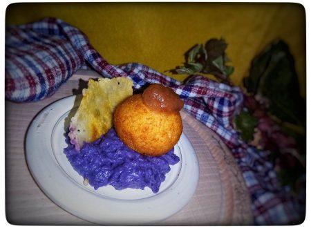Polpette di pane su crema di verza viola