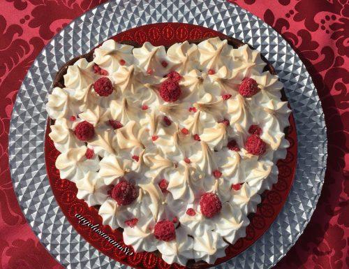 HEART CAKE  Valentine's Day (torta cuore per San Valentino al cioccolato e lamponi, meringata)