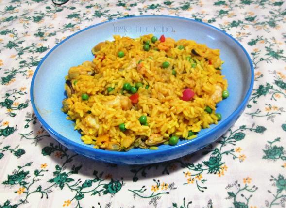ricette la paella ai frutti di mare - le ricette di giallozafferano - Come Si Cucina La Paella Surgelata