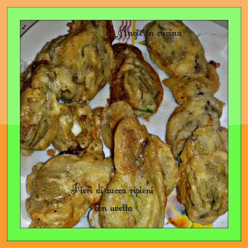 Fiori di zucca ripieni con uvetta